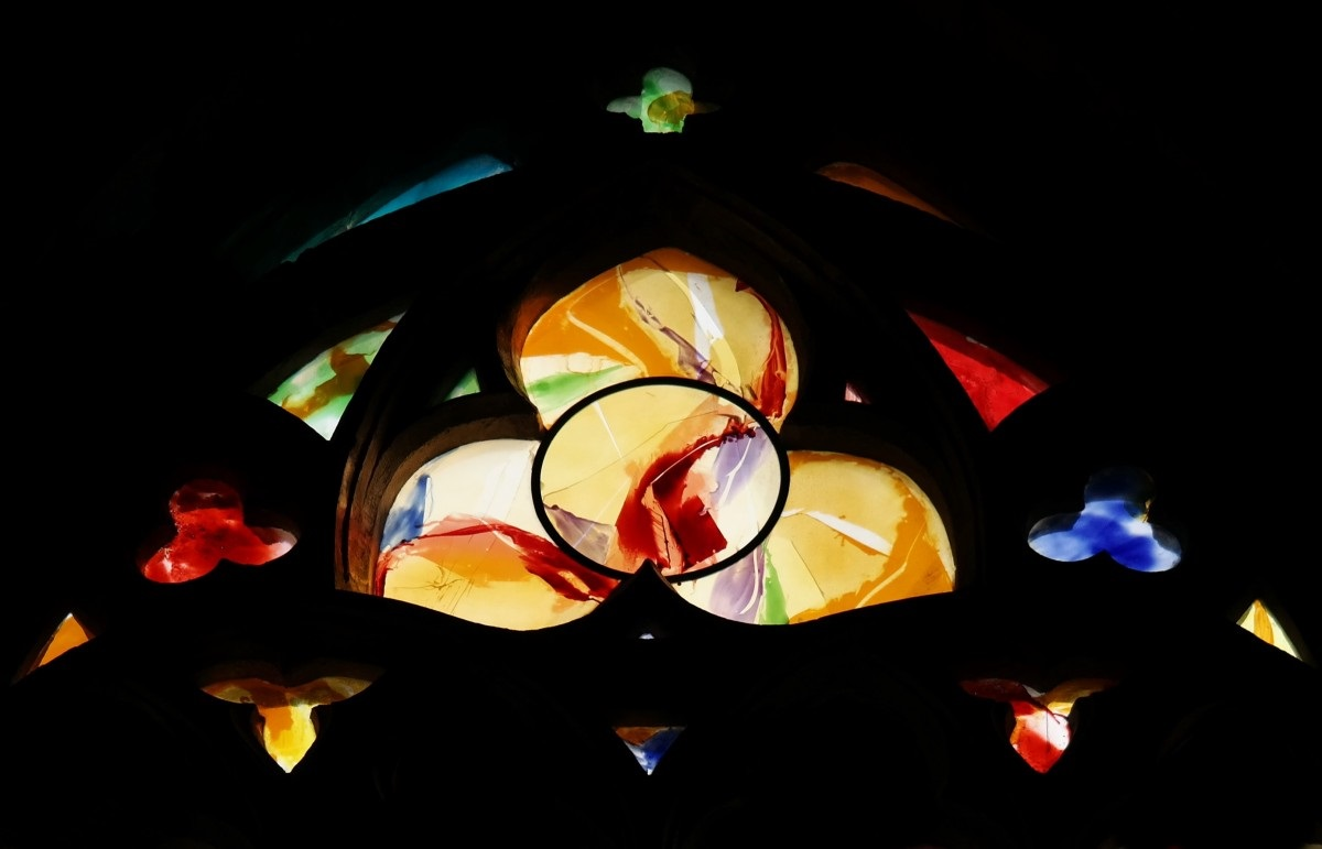 church_window_liege_cathedral_trinity_li_ge_belgium_colorful_yellow-776287